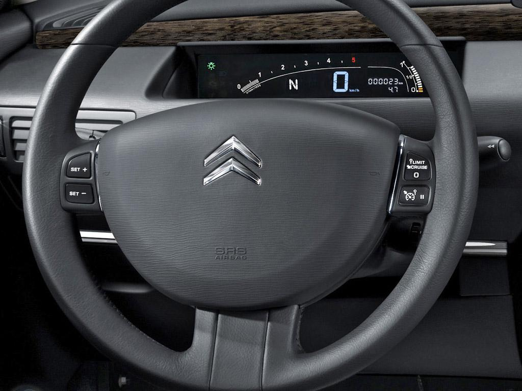 C6 V6 HDi Exclusive 2005 steering wheel